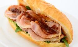 Crispy bacon roll  9577  web