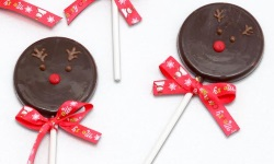 Xmas choco lollipop reindeerweb