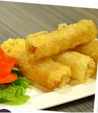 Deep-Fried Spring Rolls from Ngon