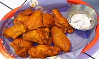 Buffalo Wings with Ranch Dressing from Muchachos