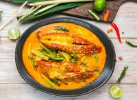 Giant King Prawns with Yellow Curry - Baan Thai Catering Photos from Baan Thai HK