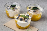 Yoghurt with Mango and Blueberry from Hawkr