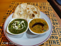 Palak Paneer Set (Butter Naan) from Indline Indian Cookery