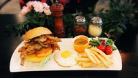 Soft Shell Crab Chilli Burger from Dine-Out Western Catering