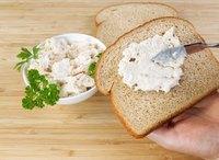 Tuna Mayo Basic Sandwich <Mmmunch> Catering Menu from MMMUNCH