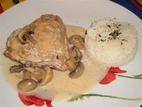Chicken with Mushroom Sauce from Antonin Catering