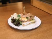 Chicken Pesto Sandwich from Kaffeine