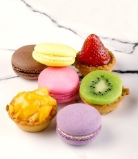 Assorted Macarons With Mini Tart Canapes - <Delifrance> Catering Photo from Delifrance