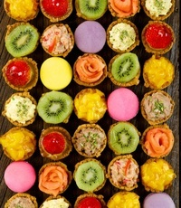 Mini Tart Canapes and Fruit Tartlets - <Delifrance> Catering Photo from Delifrance